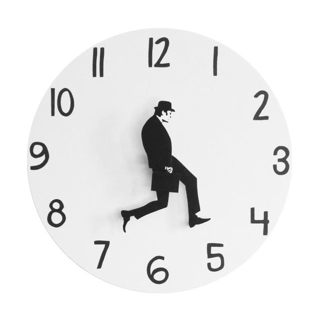 שעון קיר בריטי קומדיה  1