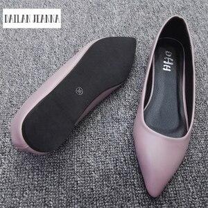 Image 2 - הגעה חדשה 2017 אביב ובסתיו נשים של נעלי מוקסינים נשים שטוח העקב נעלי סירת נעלי מקרית אירופאי סגנון גודל 31 44