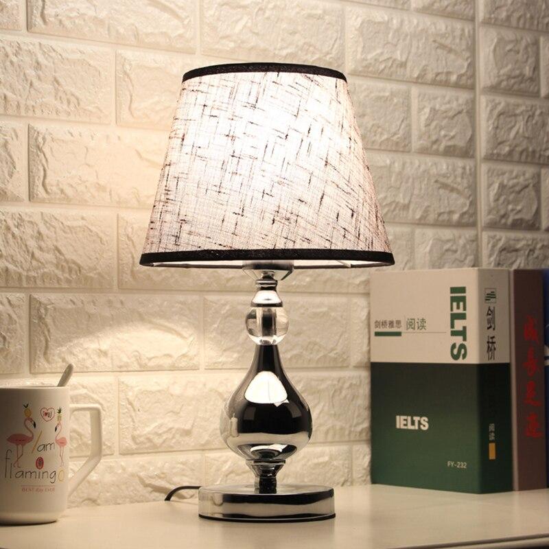 Lampe de chevet de chambre à coucher en cristal, lampe de chevet de salon moderne, lumière de Table pour le lit de la chambre à coucher, éclairage décoratif d'intérieur