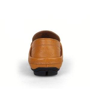 Image 4 - Мокасины мужские из натуральной кожи, лоферы, прогулочная обувь, плоская подошва, модные брендовые, Мокасины, большие размеры 36 47, весна осень