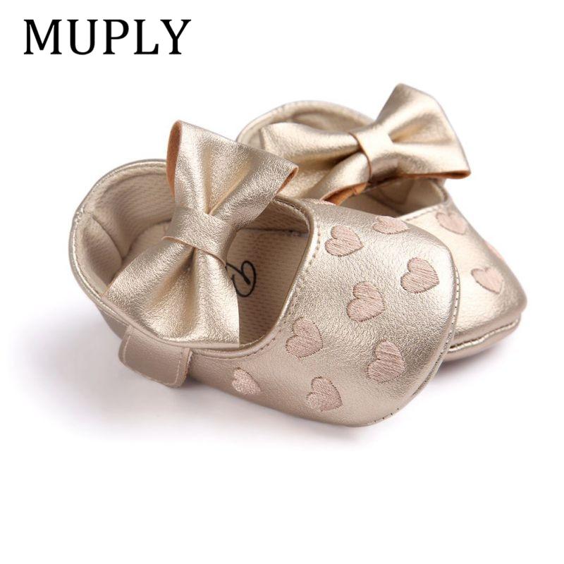 Детские мокасины из искусственной кожи для маленьких мальчиков и девочек; Moccs Shoes; Мягкая нескользящая обувь с бантом и бахромой; Обувь для кроватки 4