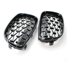 цена на A Pair Diamond Grille Racing Grills Decoration For BMW 1 Series E87 118i 120i 125i 2008-2012 Front Grill Car Styling Accessories