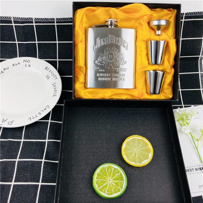 Hot Sales Bpa Free 7oz Whisky Imprint Whiskey Vodka Flagon 304 Stainless Steel Alcohol Liquor Hip Flask Festival Gift Box Set