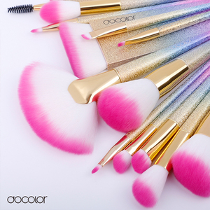 Image 5 - Docolor 18PCS Fantasy Brushes Collection Beauty Make Up Brushes Top Synthetic Hair Rainbow Hand Best Gift For Women