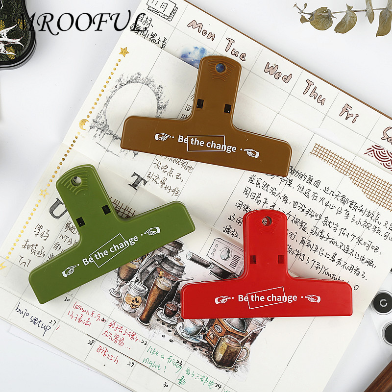 Novelty Retro Magnetic Clips Kawaii Colored Plastic Paper Clips For Office Document Storage Supplies Student Stationery