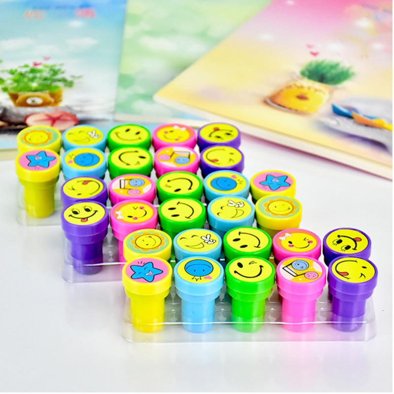 10pcs/Set Children Toy Stamps Cartoon Smiley Face Kids Seal For Scrapbooking Stamper DIY Painting Photo Album Decor