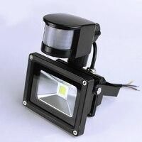 Led strahler Im Freien Flutlicht 220v Flutlicht Garten Beleuchtung Wasserdicht PIR Motion Sensor Induktion 10W 20W 30W 50W 70W-in Scheinwerfer aus Licht & Beleuchtung bei