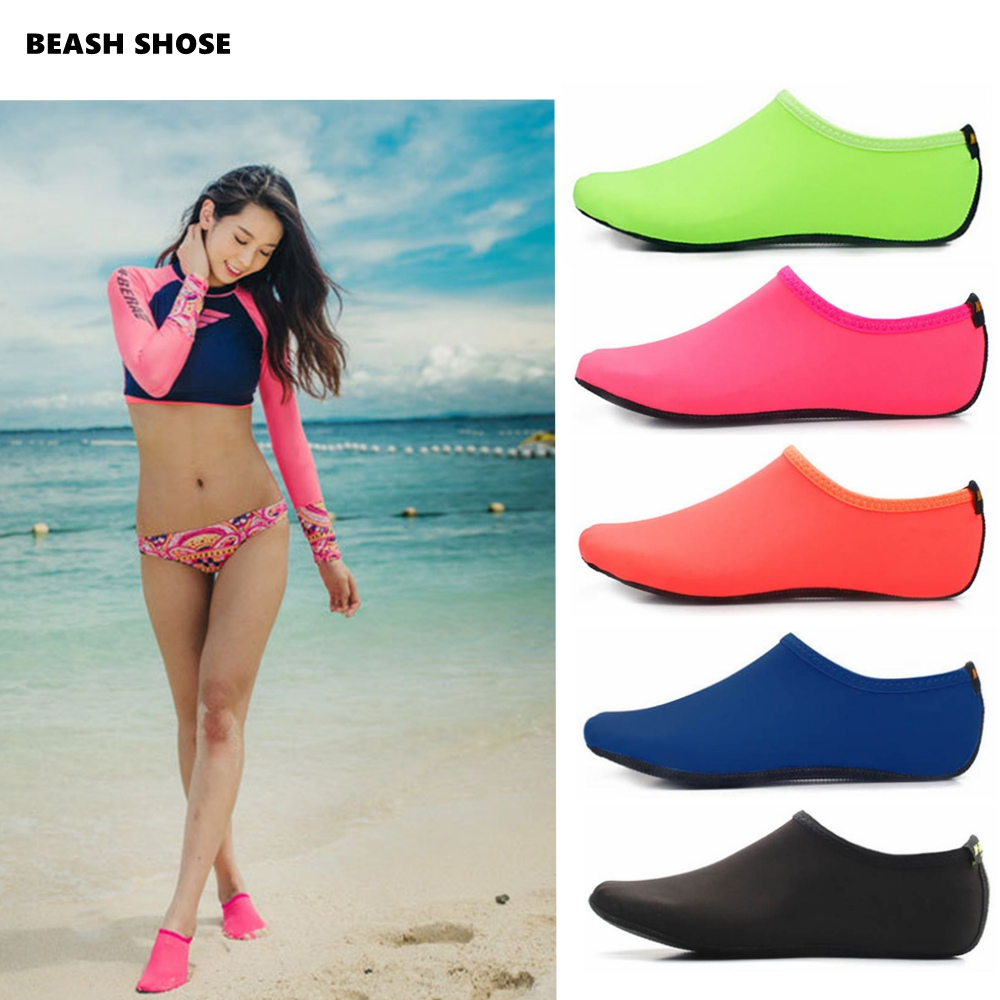 New Water Shoes Swimming Shoes Men Women Solid Color Summer Aqua Beach Shoes Seaside Sneaker Socks Slippers For Yoga Fitness