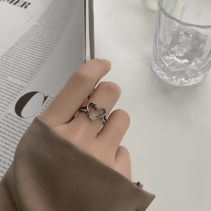 QiLuxy New Silver Color Hollowed out Heart Shape Open Ring Design Cute Fashion Love Jewelry for Women Girl Gifts Adjustable