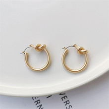 Vintage metal matte gold earrings temperament simple geometric round stud/post earrings women's tie  earrings