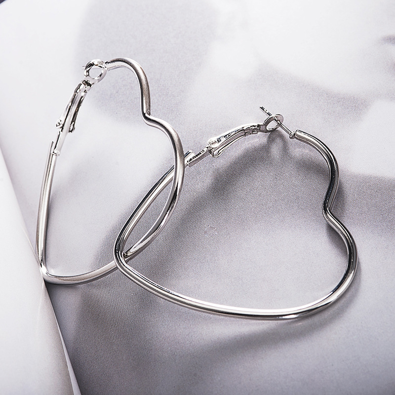 European And American Fashion OL Big Circle Heart-shaped Peach Heart Love Earrings Women Fashion Earrings 2020 For Women