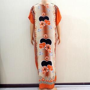 Image 2 - 2020 vêtements africains pour femmes Dashiki mode impression Design Applique Orange 100% coton ample Maxi robe avec écharpe pour les vacances