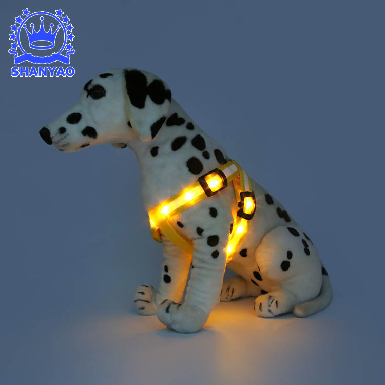 Pet Supplies LED Shining Chest Strap Dog Traction Belt Small And Medium Dog Chest Strap Supply Of Goods
