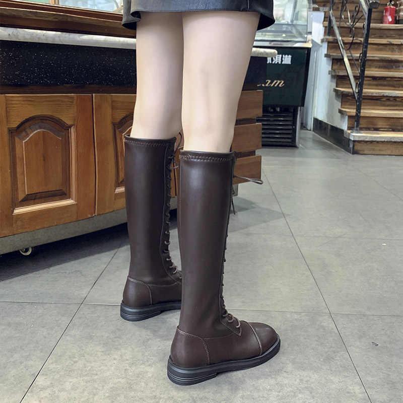 Şövalye yüksek çapraz bağlı diz çizmeler moda sokak kadın ayakkabı kış uzun dantel martin şişeler siyah/kahverengi motosiklet deri botas