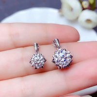 shilovem 18k white gold Moissanite Diamond pendants women classic wedding plant new Christmas gift fine vvs 6.5mm bz6.56.5002sz