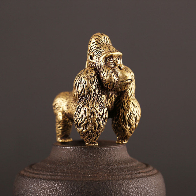 Bronze Gorilla Statue Office Room Desk Ornament Miniature Copper Monkey Figurine Key Chain Ring Pendant Home Decor Kids Gift Toy 4