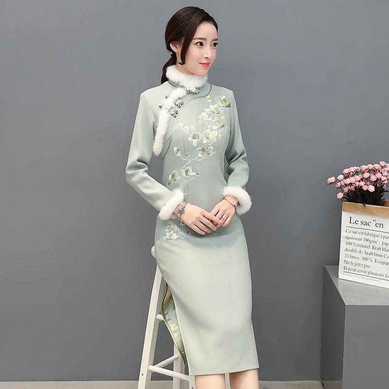 Ретро улучшенное платье Чонсам женское осеннее и зимнее 2019 шерстяное платье с воротником из кроличьей шерсти с вышивкой