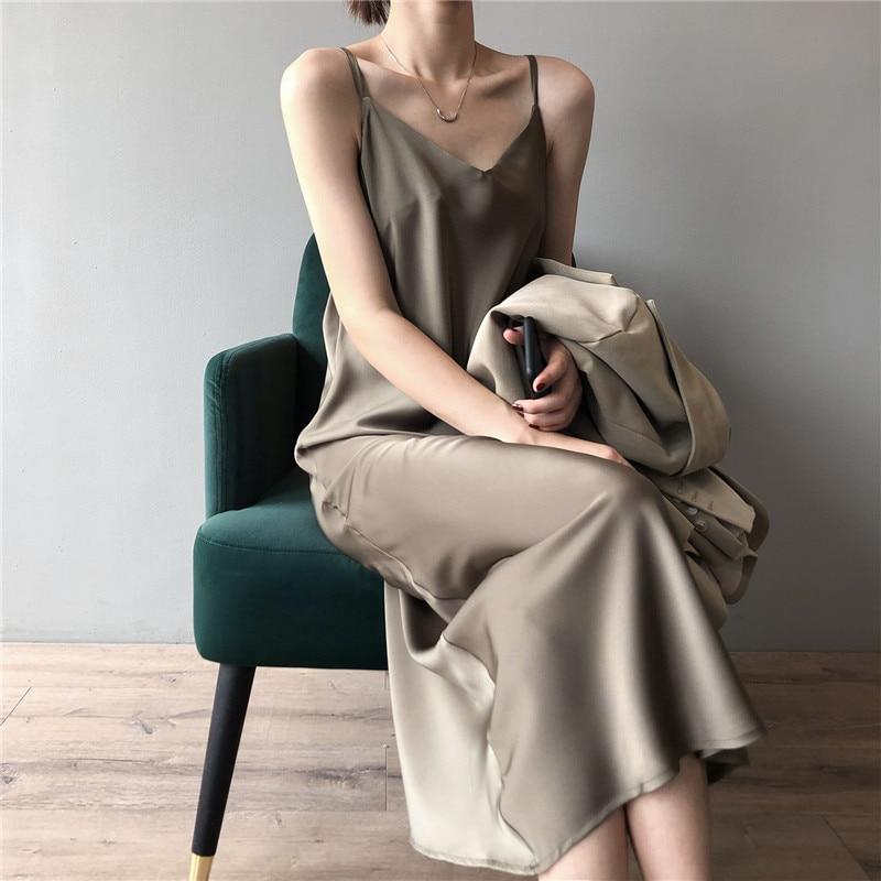 New Arrival Women V-Neck Sleeveless Women Dress Y5702 Vintage Satin Summer Long Dress Boho Elegant Women Casual Dress Vestidos (1)