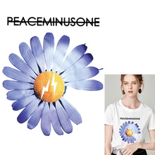 Iron-On Transfer Flower Heat Transfers PVC Patch For Clothing Girl Thermal Vinyl Ironing Stickers On Garment Decor
