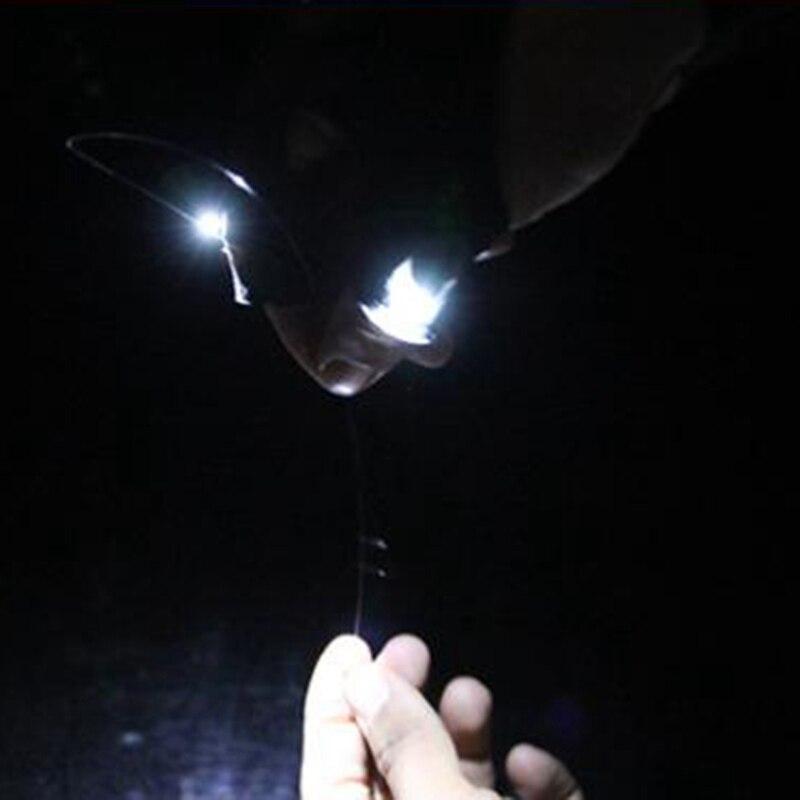 Спорт на открытом воздухе со светодиодными лампами портативное освещение левая и правая перчатки Аксессуары для ночной рыбалки открытые три с половиной пальца