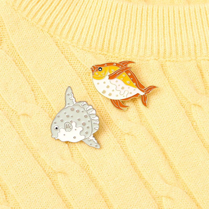 Custom Cute Tropical Fish Sightseeing fish Underwater World Enamel Pin Brooch Bag Clothes Lapel Pins Jewelry Gifts for childrens