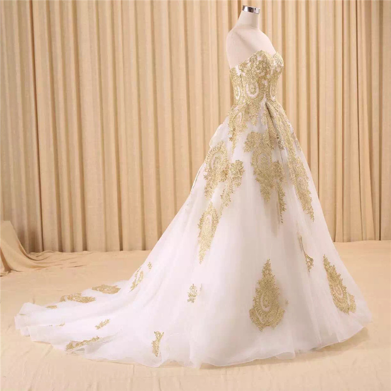 Image 4 - vestido de noiva real photo Luxury A Line Embroidered Gold Applique Beaded Sweetheart bridal gown mother of the bride dressesMother of the Bride Dresses   -