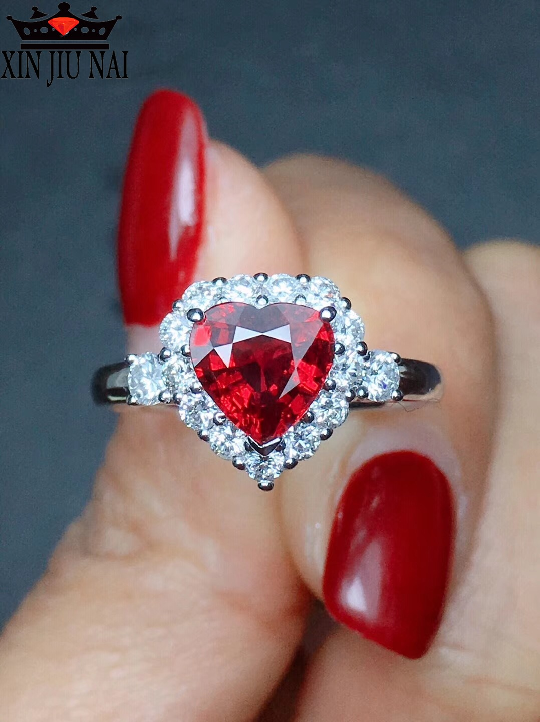 Garnet Red Personality Ruby Red Color Zircon 925 Silver Ring Love Heart Romantic Finger Ring For Women Wedding Jewelry Bague
