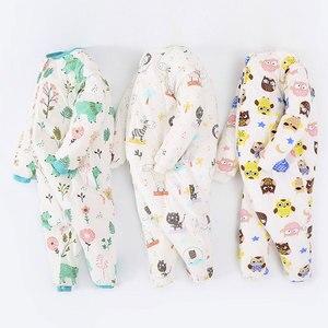 Image 1 - Детский спальный мешок с раздельными штанинами, толстый зимний теплый спальный мешок для детей от 1 до 3 лет, Милый принт с животными, бесплатная доставка, чехол для обуви