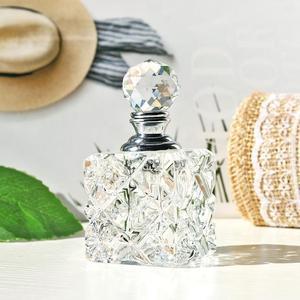 Image 3 - H & D 21 Stili Vintage di cristallo Bottiglie di Profumo Riutilizzabile Vuota Decorazione Della Tavola di Casa Bottiglia di Favori di Nozze