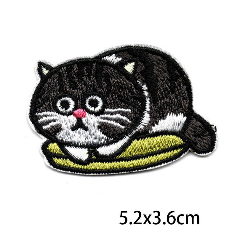 New Style Kawaii Funny Cat Iron on Patches For Clothing Embroidery Patch Fabric Badge Stickers For Clothes Jeans Appliques