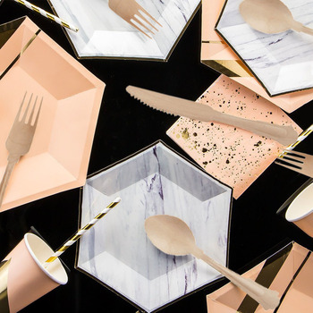 32 Sets Foil Gold Marble & Pink Tableware Kits Paper Plates Cups Napkins Straws for Birthday Bridal Shower Wedding Party Kit