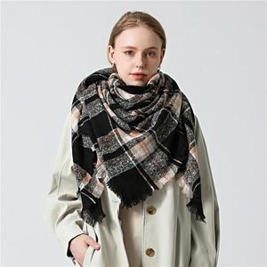 Image 3 - 2020 neue designer marke frauen kaschmir schal dreieck winter schals dame schals und wraps stricken decke neck striped foulard