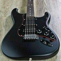 Guitarra eléctrica de FPST-1046 color negro mate, alta calidad, bajo precio, golpeador negro sólido con línea roja, diapasón de palisandro