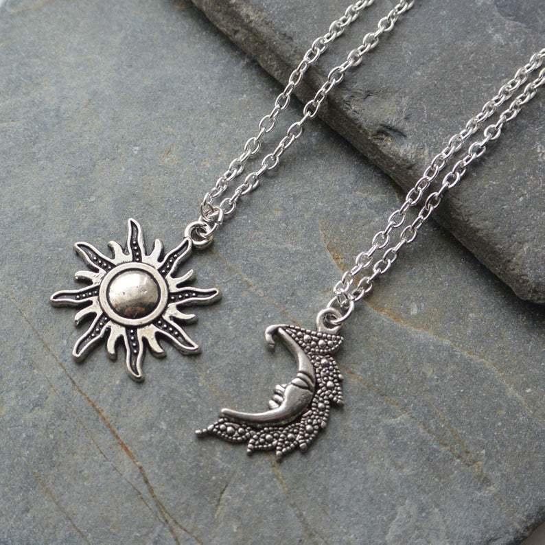 fashion chain jewlery sun and moon pendant retro good friend & couple gothic necklace