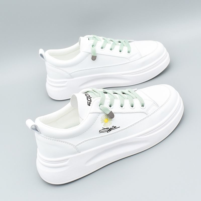 Little daisy female student Korean style all-match new low-top flat shoes