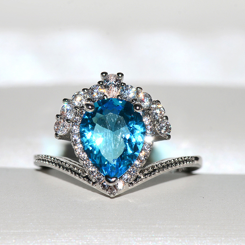 2019 Women's New Ring Blue Sapphire   Ring Inlaid With Crystal Zircon Drops Ring Crown Banquet Accessories Wedding Rings
