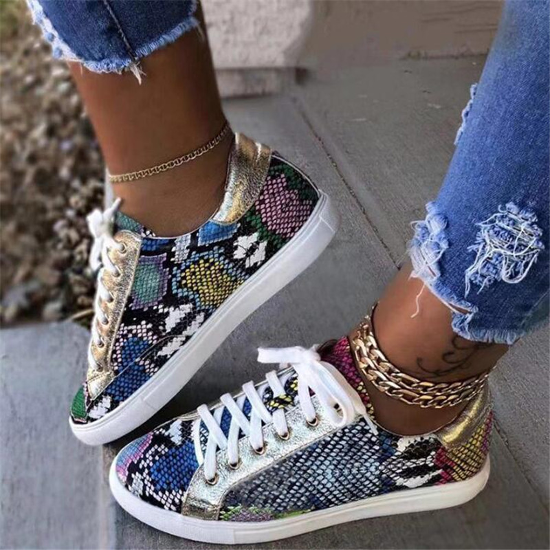 Women Snake Printing PU Leather Vulcanized Shoes Lace Up Female Sneakers Fashion New Platform Woman Shoes Walking Footwear
