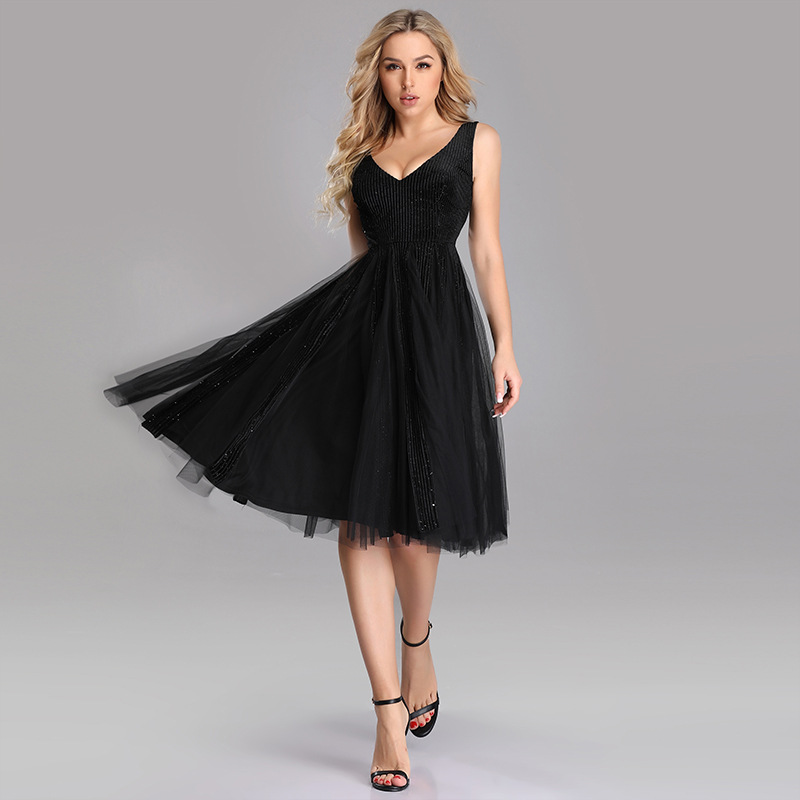 Short   Prom     Dresses   Sexy Deep V-Neck Tulle Gala   Dresses   Sleeveless A-Line Party   Dresses   With Beading