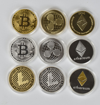 1PC Gold Plated  Bitcoin Coin BTC Bit Physical Metal Collectible Coin for gift with plastic case