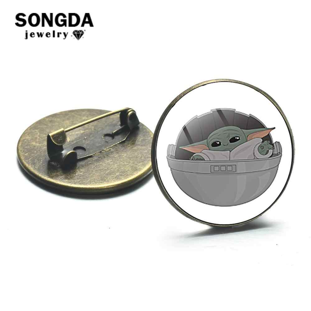 SONGDA Cute Baby Yoda Floating Pod Metal Lapel Pin Button The Mandalorian Theme Pattern Glass Dome Brooches Badges Gift for Fans