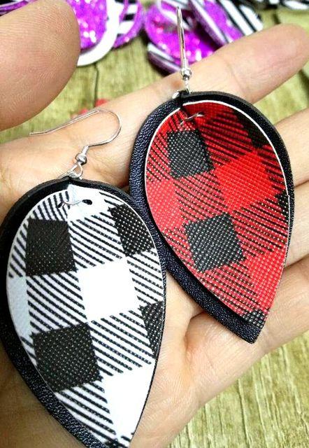 30pairs lot wholesale Womens rough Faux Leather Teardrop Dangle Pierced Earrings