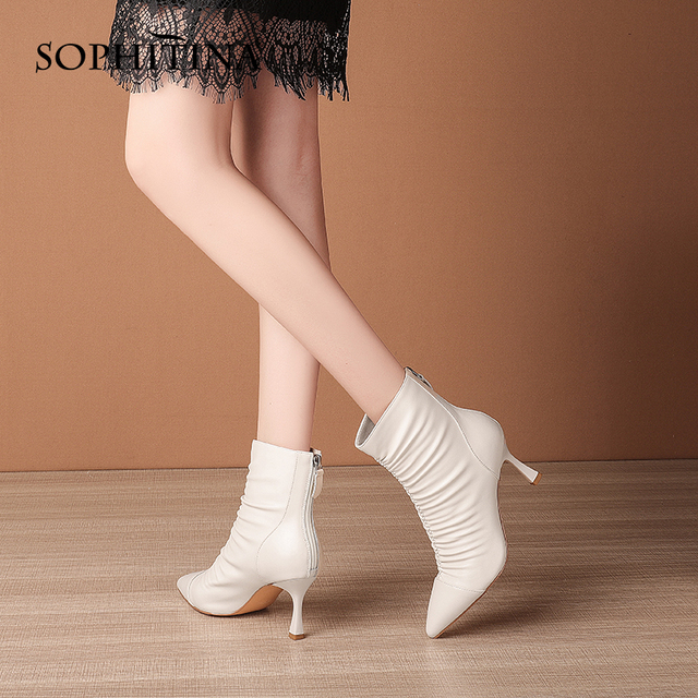 Women Shoes Winter Vogue High Quality Ankle Boots Pleated Decoration Pointed Toe Thin Heel Zipper Women Shoes SO669 Apparels Shoes