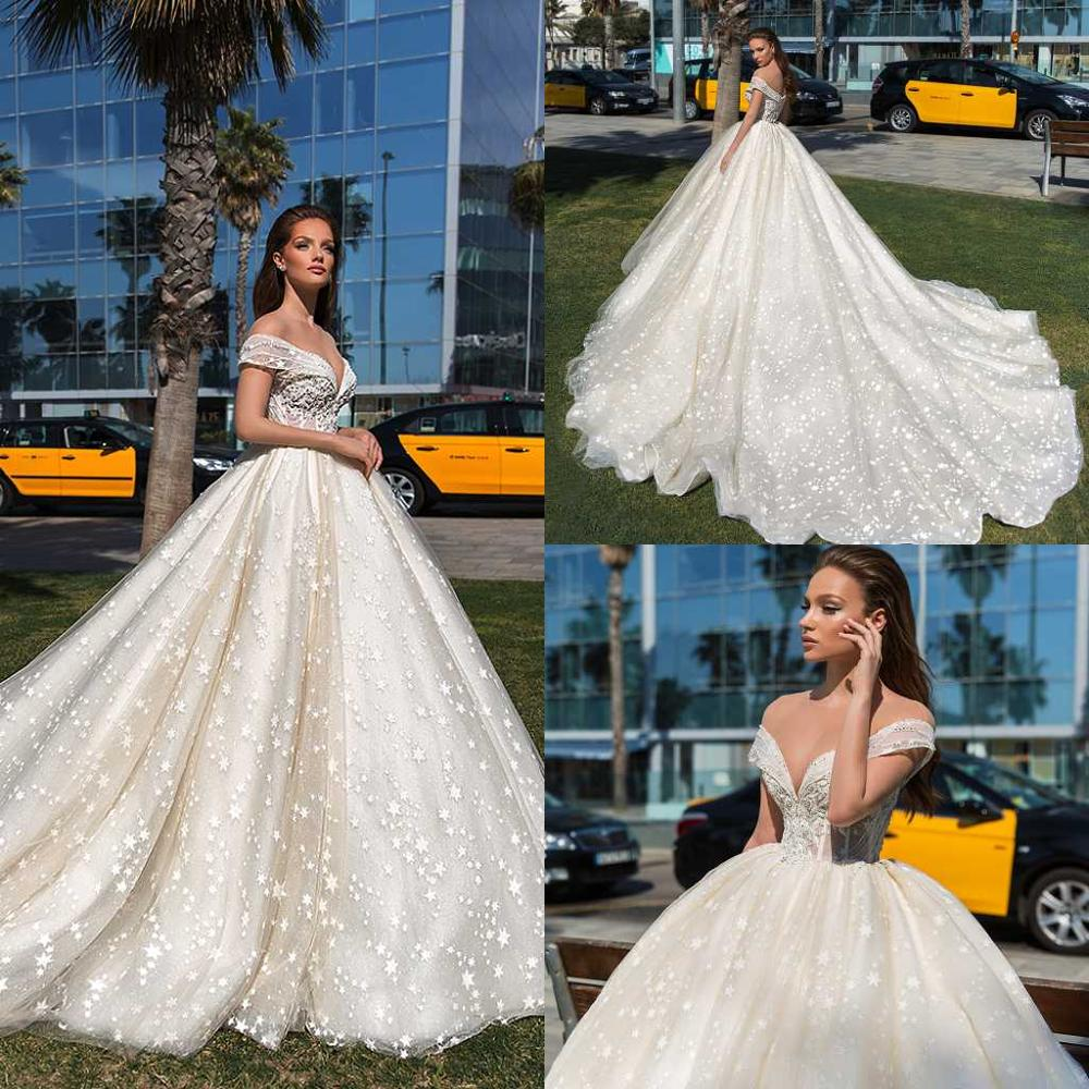Country 2020 Latest Wedding Dresses Sheer Off Shoulder Lace Appliqued Bridal Gowns  Garden Style Beach Wedding Dress