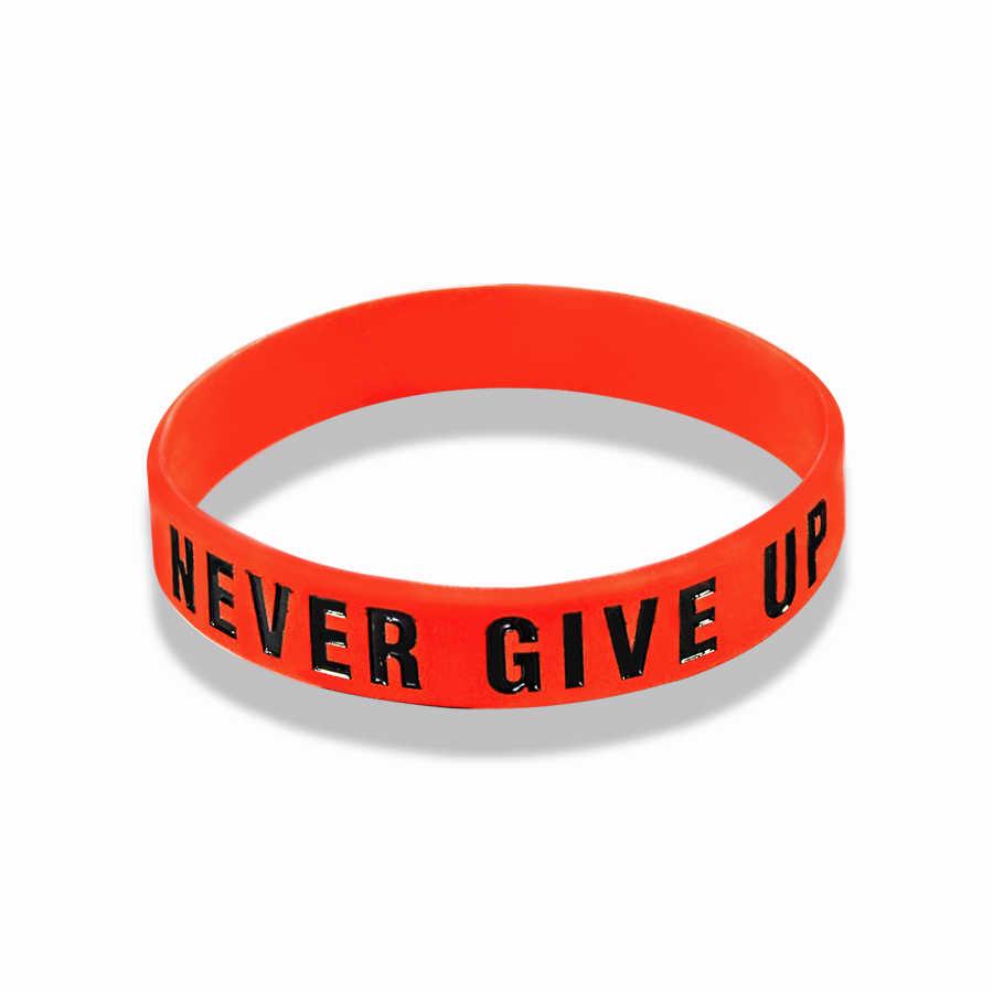 """The Road TO Dreams"" """" """" """" """" """" Never Give Up ""Inspirationalสร้างแรงบันดาลใจซิลิโคนยางสร้อยข้อมือของขวัญสร้อยข้อมือ"