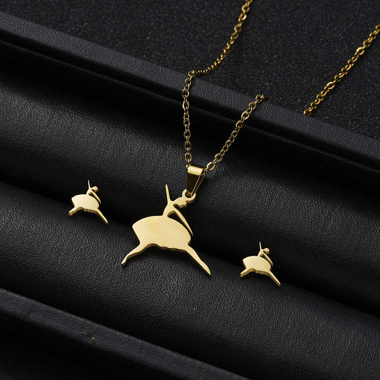 2019 New Jewelry Gift Fashion Dancing Girl Heart Cat Paw Angel Stainless Steel Pendant Necklace Earrings for Women Jewelry Sets