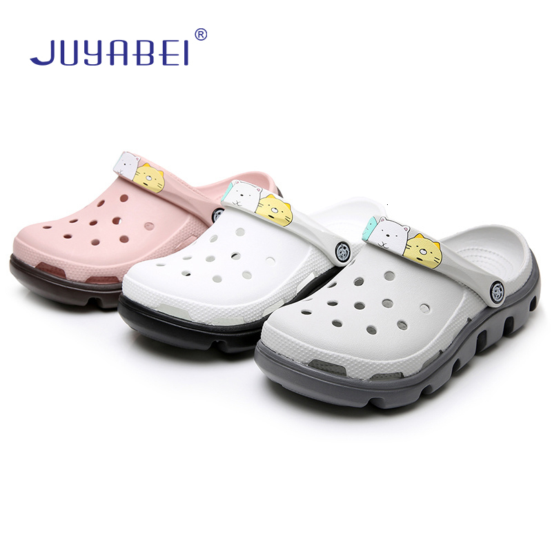 Unisex Cartoon Print Sandals Hospital Beauty Salon Doctor Nurse Anti-slip Surgery Shoes Dental Clinic Pharmacy Work Slippers