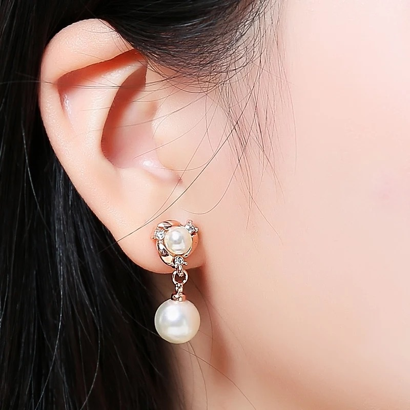 2020 New Classic Fashion Stars Moon Metal Pearl Earrings Female Jewelry Students Daily Personality Party Gifts