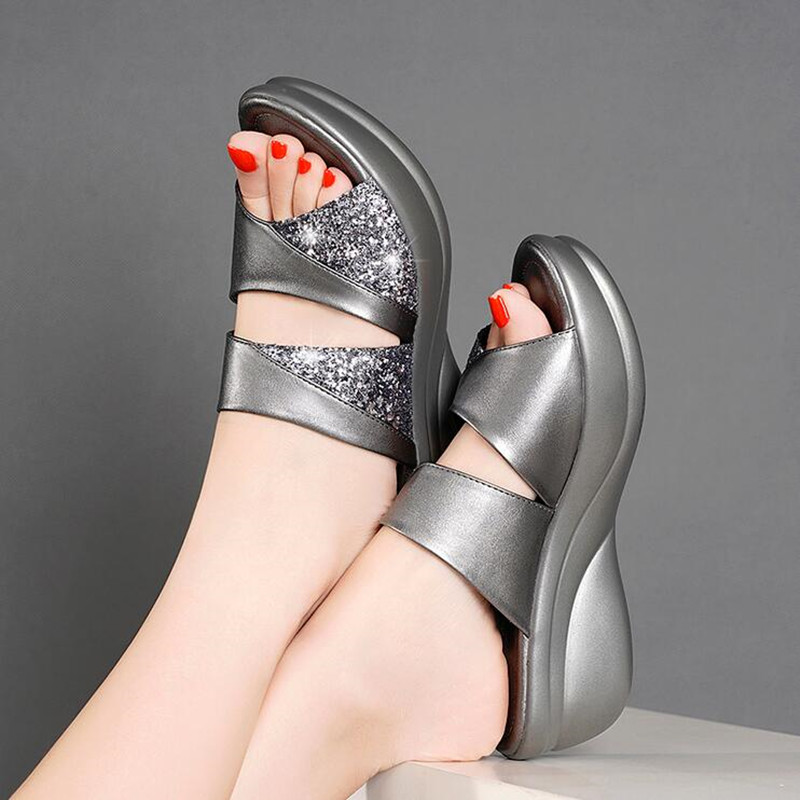 Spring Brand Bling Slipper Woman Shoes Ladies PU Leather Wedges Flat Shoes Female Casual Slingbacks Sandals Comfortable Platform