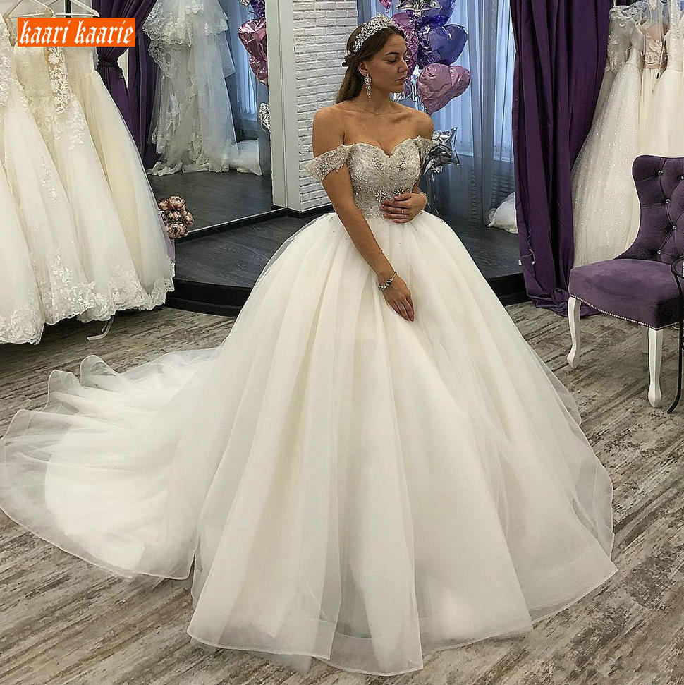 Luxury Arabic Boho Ball Gown Wedding Dresses Off Shoulder Beaded Crystal Wedding Gowns Tulle Chapel Train Princess Bridal Dress