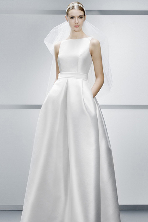Simple A-line Backless High-end Wedding Dress Silk Satin Show Thin With Pocket New European And American Elegant Wedding Gown
